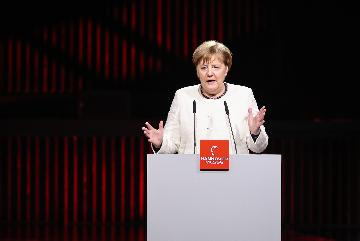 默克爾:德國將在2038年停用煤電