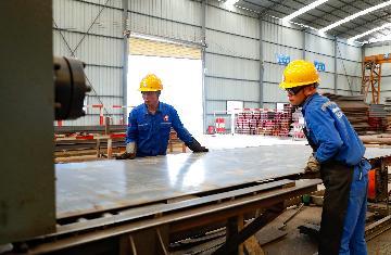 """专访:""""一带一路""""倡议为全球商业带来巨大机遇--访路孚特亚太区董事总经理李德庆"""