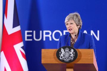 """欧盟同意灵活延长英国""""脱欧""""期限至10月底"""