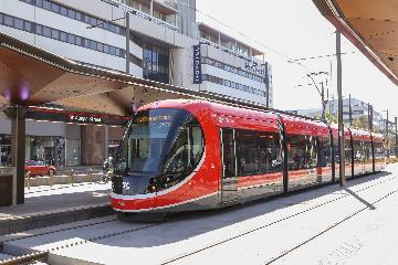 澳大利亞首都喜迎首條城鐵線路開通
