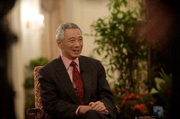 高端访谈:重庆互联互通示范项目可为区域国家发展提供服务--访新加坡总理李显龙