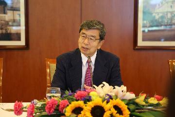 """亚行行长称愿参与""""一带一路""""建设"""