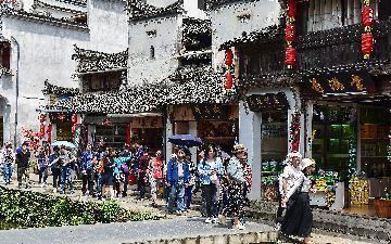 """【精选】""""五一""""假期带火北京夜间消费 餐饮销售额达32.2亿元"""