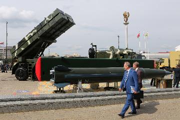 第九屆白俄羅斯軍工展在明斯克開幕