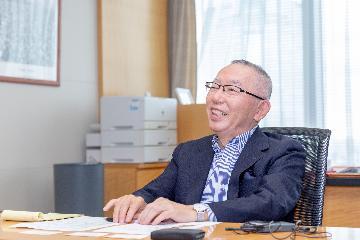 專訪:我認為中國經濟前景光明--訪優衣庫創始人柳井正