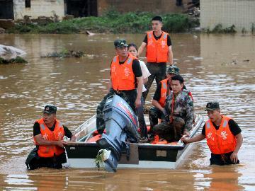 应急管理部:本轮暴雨洪涝灾害共造成614万人受灾