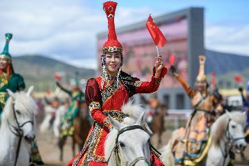 """蒙古族馬文化""""絕地重生""""引領草原旅遊新時尚"""