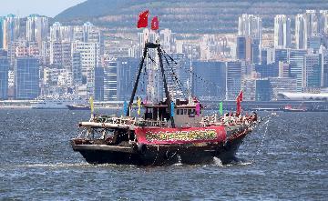 香港舆论谴责暴力冲击立法会 呼吁严惩暴行维护法治