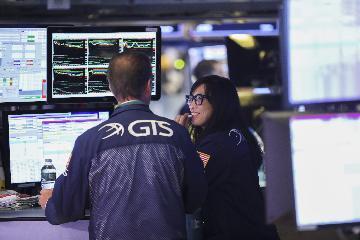 綜述:中美經貿關係緩和助推美股標普指數創新高