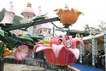 Chinas resort island Hainan to build Hello Kitty theme park