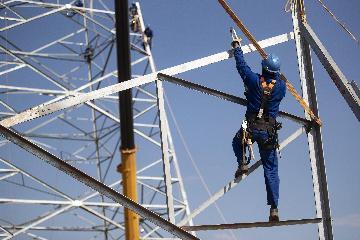 """中国电力企业为海外带去""""绿色动能"""""""