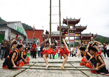 1.51 billion trips made in Chinas rural tourist industry Jan.-June