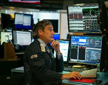 紐約股市三大股指14日暴跌