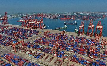 China sees cargo throughput growth in first 7 months