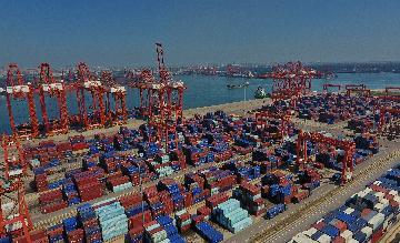 国务院关税税则委员会发布公告决定对原产于美国的约750亿美元进口商品加征关税