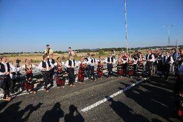中企承建塞爾維亞高速公路通車
