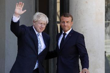 """法國總統:有可能在30天內找到避免英國""""硬脫歐""""的方案"""