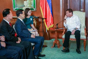 China, Philippines pledge efforts to further strengthen cooperation on BRI