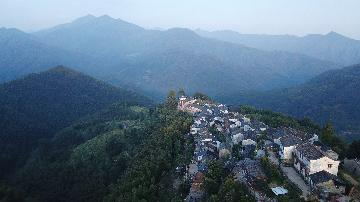 China covers all villages with postal services