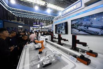 Digital economy to top half of Chinas GDP by 2023: IDC