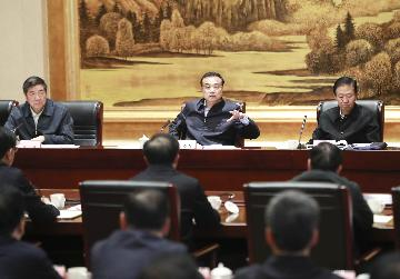 Premier Li calls for fulfilling major economic targets
