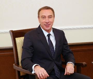 参加进博会有助于挖掘白中经济合作潜力--访白俄罗斯总统办公厅副主任斯诺普科夫