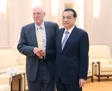 """美國前財長保爾森:中美""""脫鉤""""將帶來嚴重風險"""