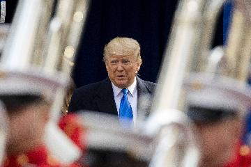 美最高法發佈延緩令 致國會暫時無法獲取特朗普財務記錄