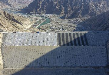新疆在建最大水利樞紐工程復工 確保400萬人安全度汛