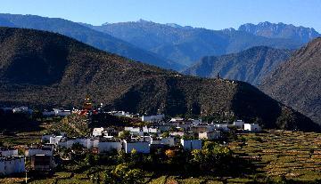 文旅產業在青藏高原古城興起