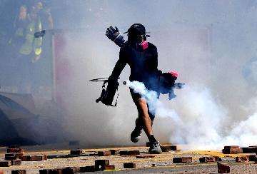 香港各界:強烈譴責美涉港法案簽署成法 籲美方不要借勢添亂火上澆油