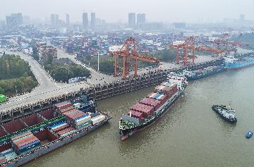 """东莞开拓""""一带一路""""市场进出口同比增长16.5%"""