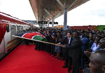 Kenya launches extended railways freight service, inland container depot