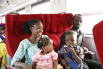 通讯:中国标准铁路助力尼日利亚新年假期运输
