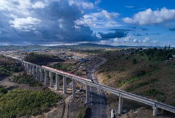 肯雅蒙內鐵路恢復客運服務