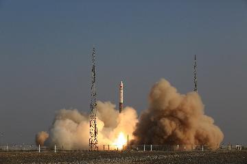 快舟一号甲运载火箭成功发射银河航天首发星