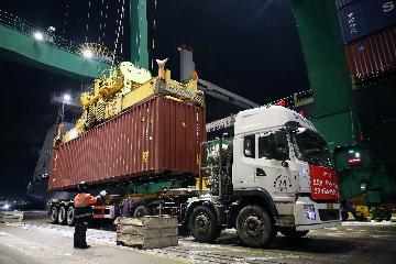 天津:推動天津港建設立體式國際樞紐港