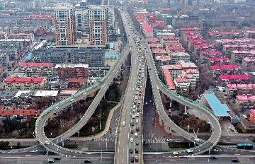 China pushes for work resumption, investment on transport projects