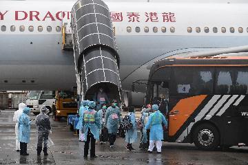 林郑月娥:香港目前仍然采取围堵策略应对新冠肺炎疫情