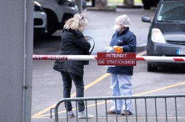 """綜述:新冠肺炎疫情對法國經濟產生""""嚴重影響"""""""
