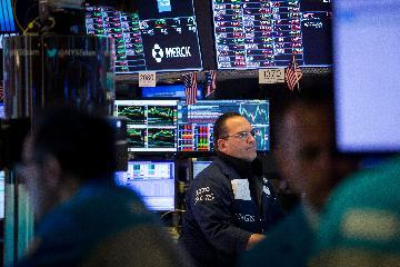 美股漲跌不一 航空股大幅收高 高波動性短期或成美股常態