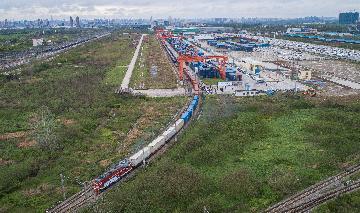 中欧班列开行稳定运量增加 保障国际供应链