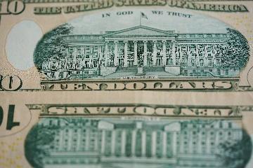 (國際觀察·財經)多空因素交織 美元走勢預期分歧明顯
