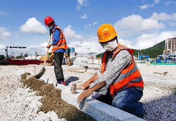 Chinas economic recovery quickens amid improving leading indicators