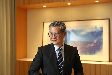 陈茂波:特区政府将全力防控疫情 推动经济复苏