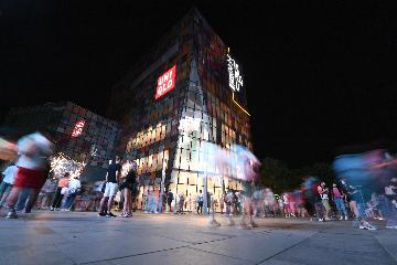 "Chinas economy could achieve ""impressive"" recovery, economist says"