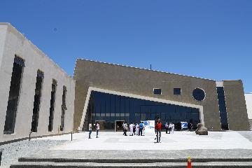 """""""一帶一路""""倡議有助於建立國際關係新框架:開羅大學經濟與金融法教授賈巴拉"""