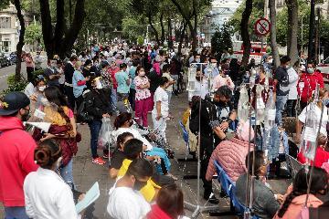 Economists downgrade Mexicos 2020 growth forecast to -8.8 pct