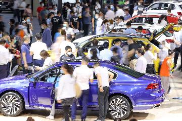 Chinas auto market maintains recovery momentum in June