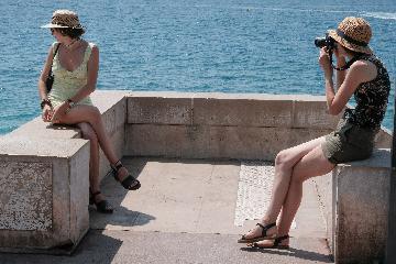 世界旅游组织报告称全球旅游业出口损失3000亿美元